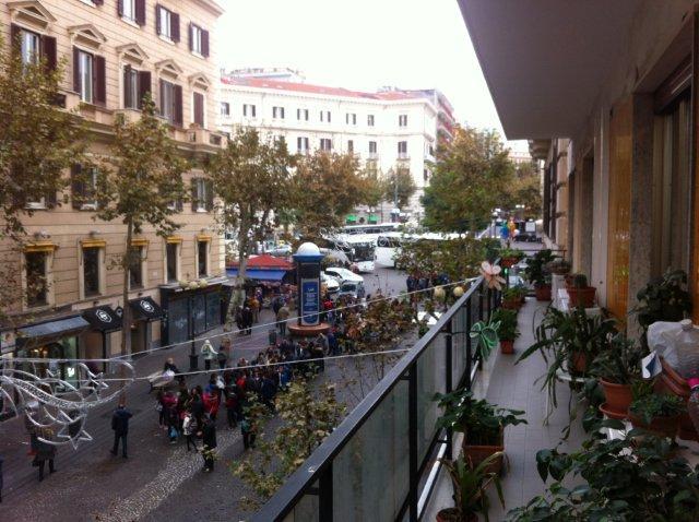 Napoli, Via Scarlatti <br /> Prezzo &euro; 1.150.000,00