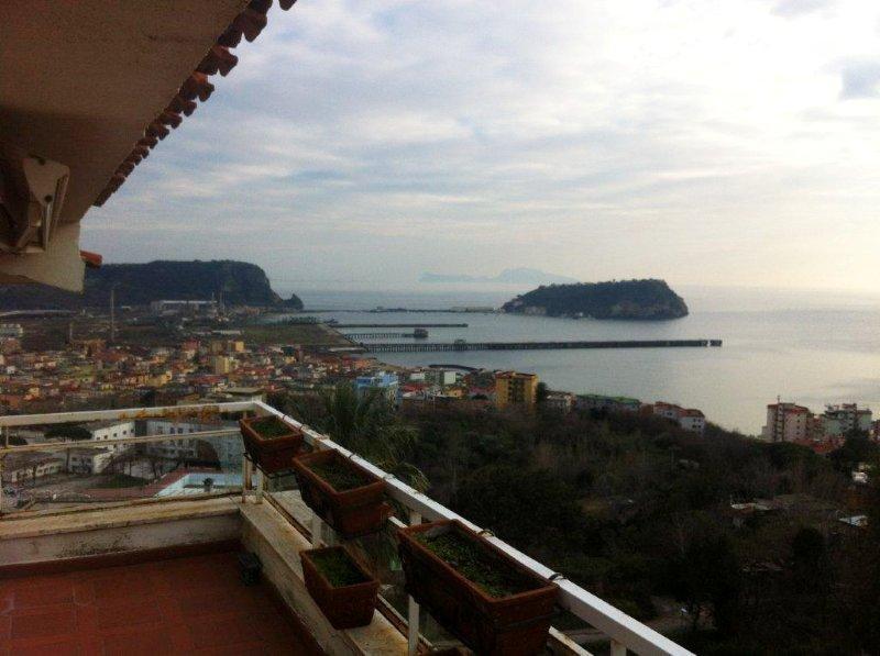 Napoli, Strada Privata delle Terme <br /> Prezzo &euro; 670.000,00
