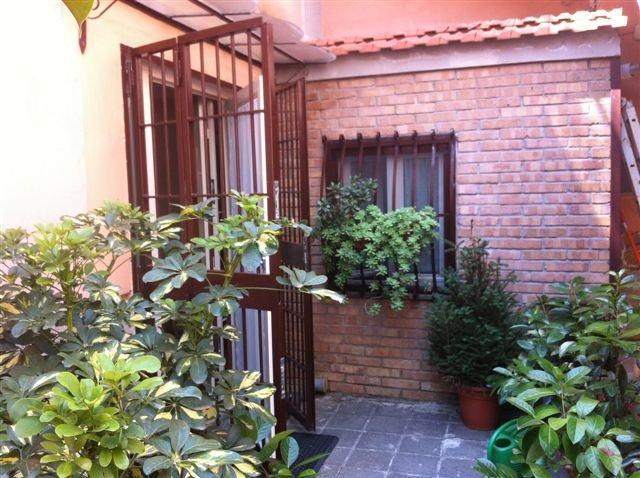 Napoli, Via Belvedere  <br /> Prezzo &euro; 700,00