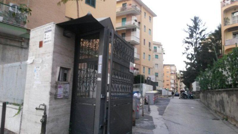 Napoli, Viale Colli Aminei  <br /> Prezzo &euro; 1.050,00