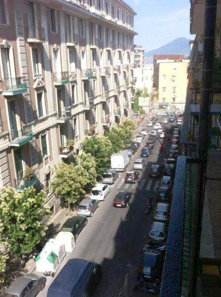 Napoli, Via Battistello Caracciolo <br /> Prezzo &euro; 850,00