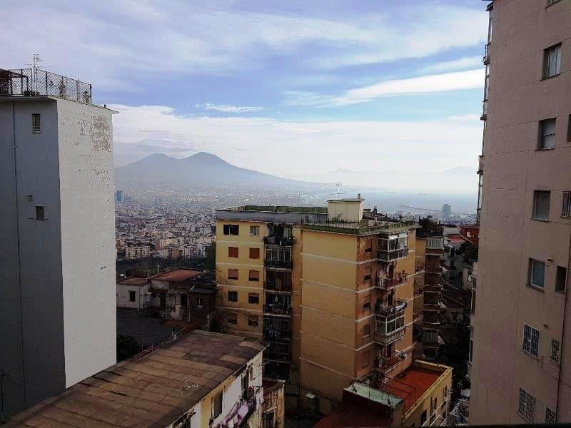 Napoli, Via Bernardo Cavallino <br /> Prezzo &euro; 450.000,00
